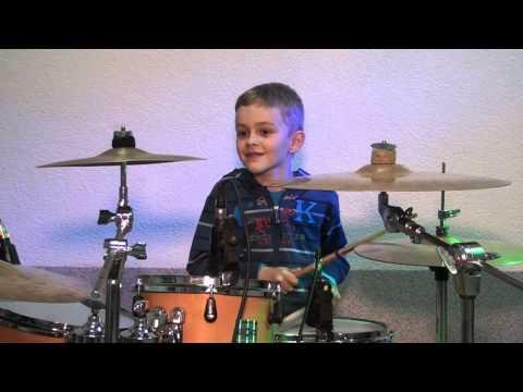 Luka Granjaš – Najmlađi bubnjar na Bošporijadi u Sopju 2016.